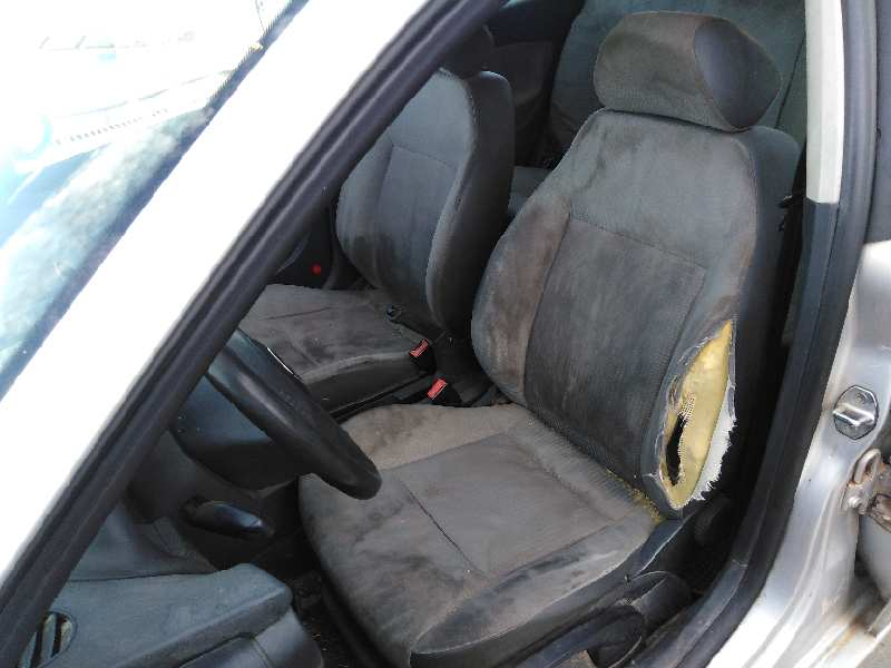 SEAT IBIZA (6L1) 2002